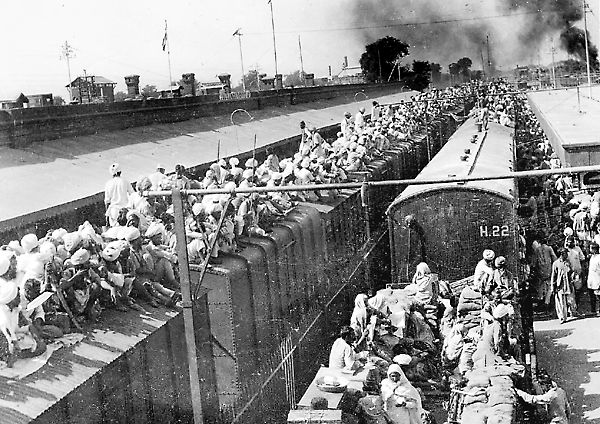 India - Pakistan partition (Commons) - the Yellow Submarine is ultimately an idealized vehicle, it unavoidably possess a layer of meaning that belongs to the society and culture where it is rooted